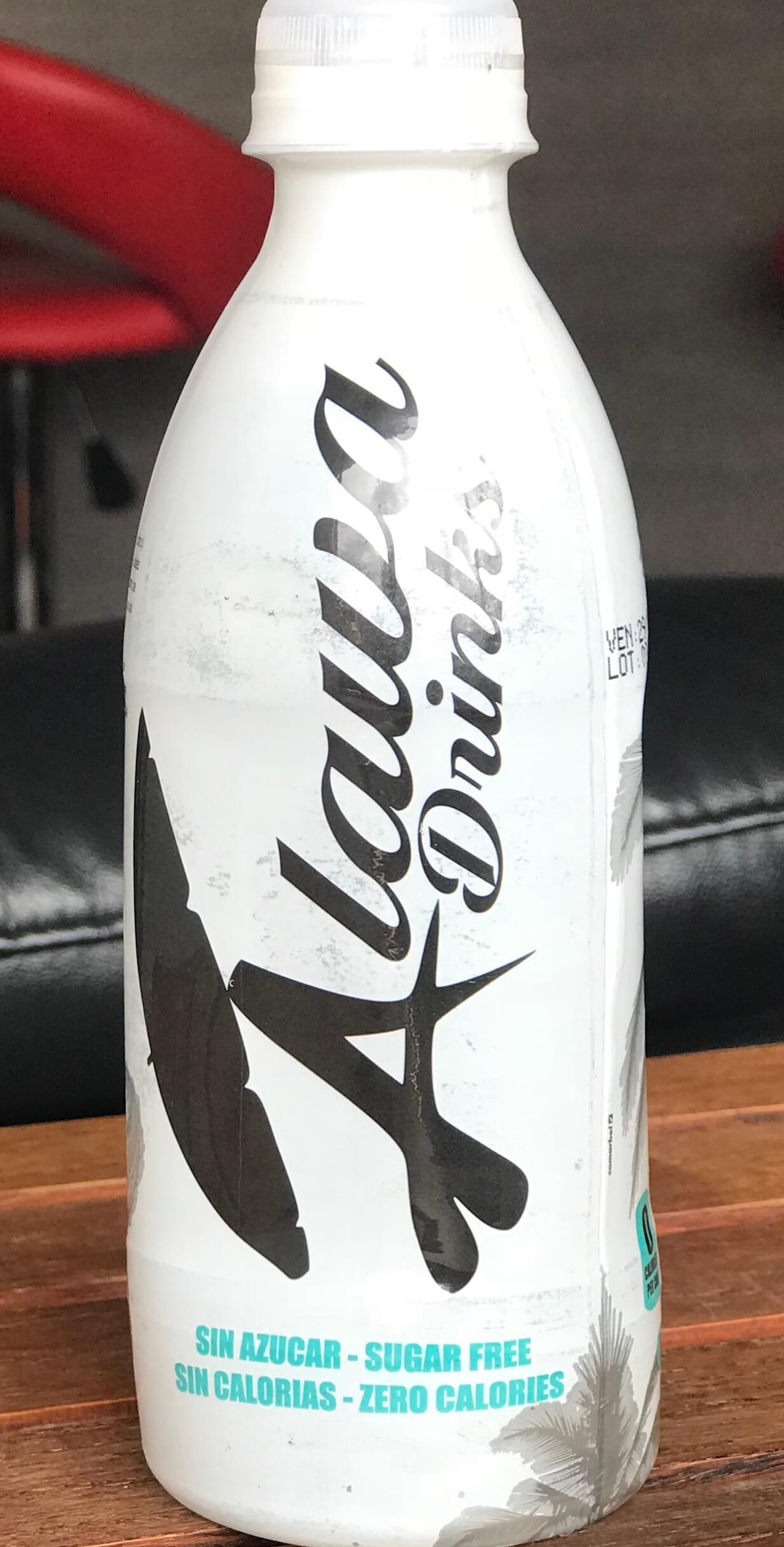 Bebida-a-base-de-coco--agua-de-coco-350-cc-.jpg