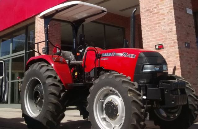 Tractor-Case-IH-Farmall-75-JMX.JPG