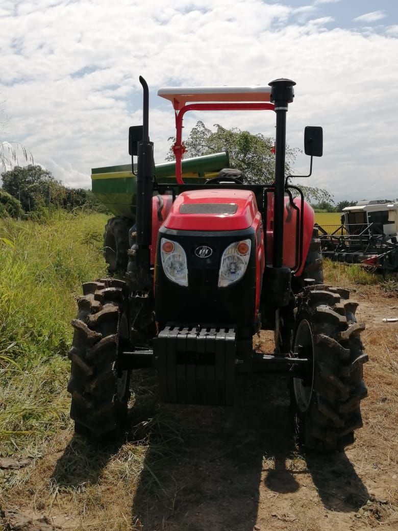 Tractor-904-1.jpeg