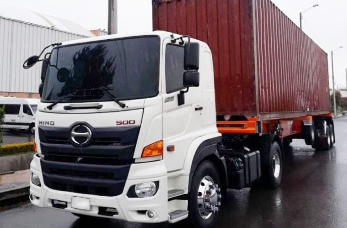 Camion Hino SG-Minimula trailer-en-plancha-y-contenedor Autoamerica.jpg
